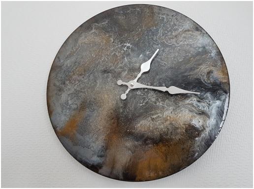 Horloge granit